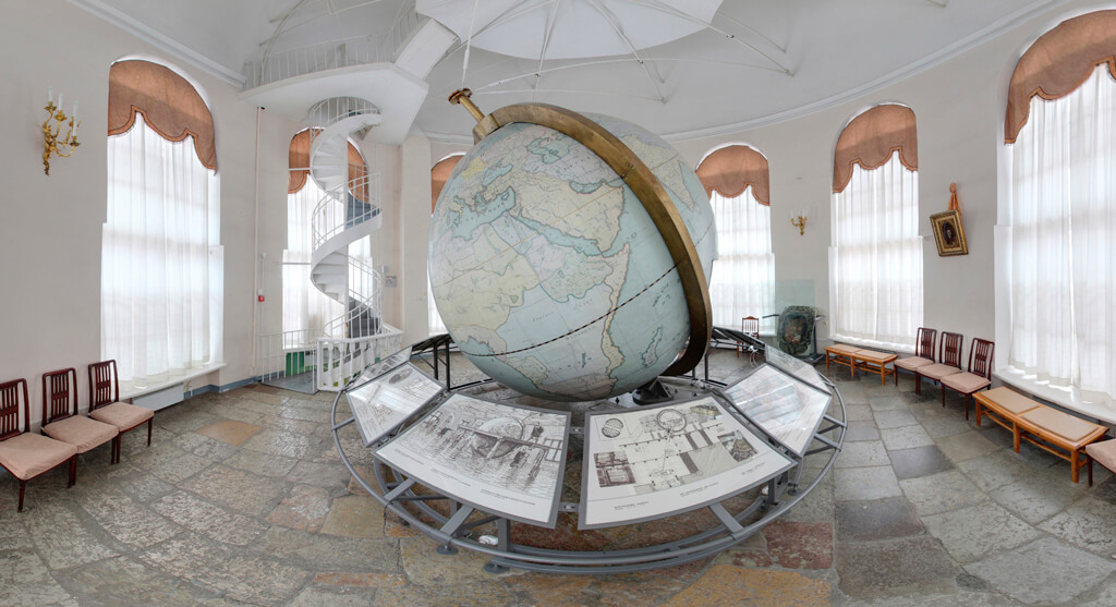 Кунсткамера в Санкт-Петербурге