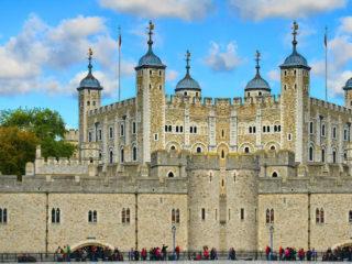 Лондонский Тауэр  — один из символов Великобритании