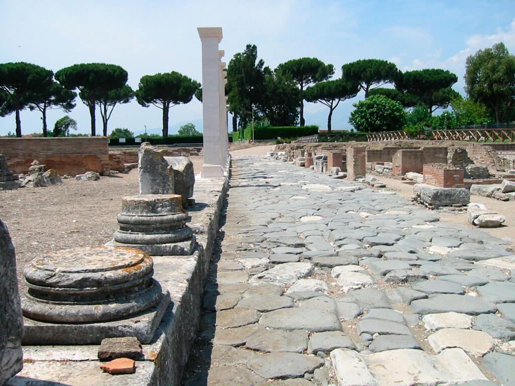 Аппиева дорога, Рим