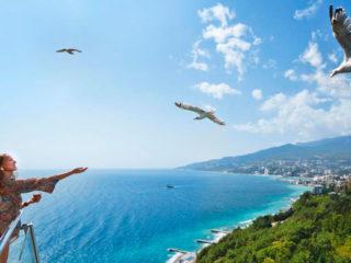 Отели Крыма с подогреваемым бассейном круглый год