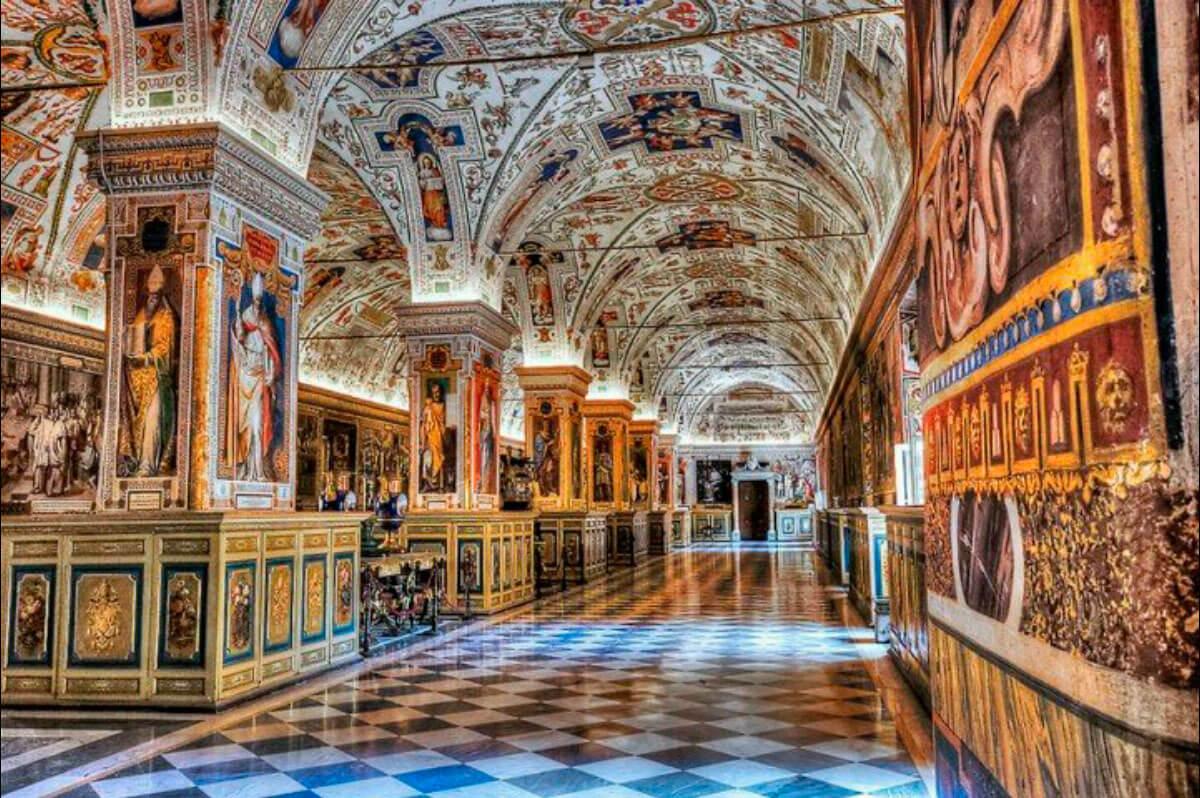 15 лучших музеев Ватикана