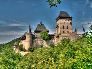 Карлштейн  – готический замок в Чехии
