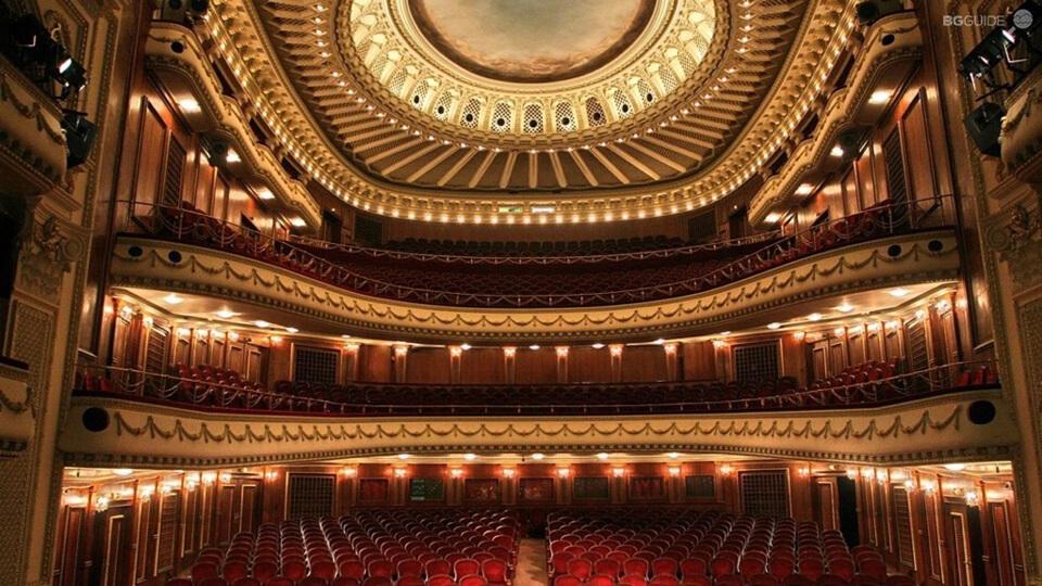 Болгарский национальный театр оперы и балета, София, Болгария София София Sofia Opera and Ballet