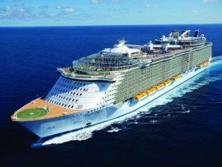 Лайнер Oasis of the Seas – 10 лучших круизов