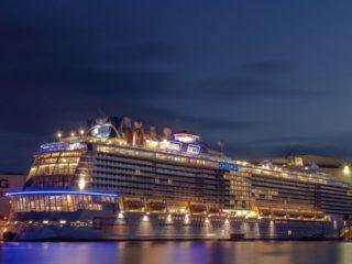 Лайнер Ovation of the Seas – 10 лучших круизов