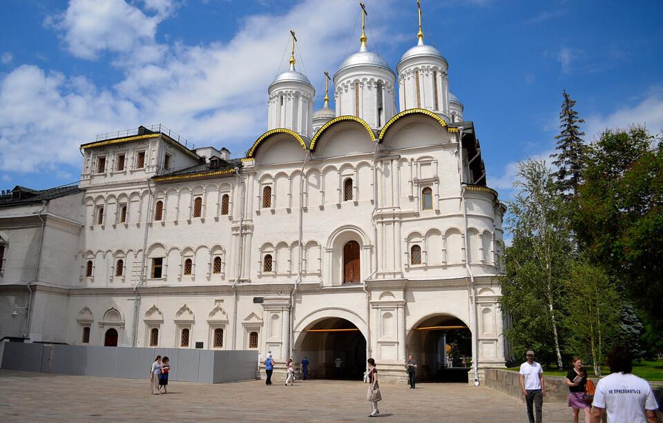 Собор Двенадцати Апостолов, Москва