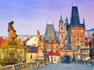 Туры в Прагу на 7 ночей, отели 3 и 4*, завтраки от 52 580 руб за ДВОИХ – май