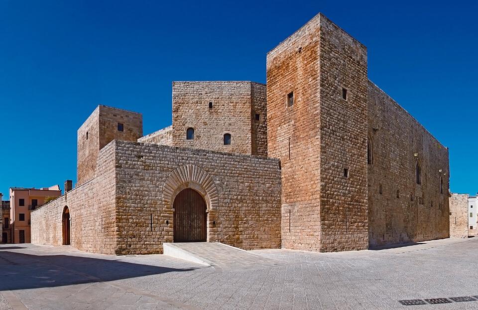 Замок Бари, Италия