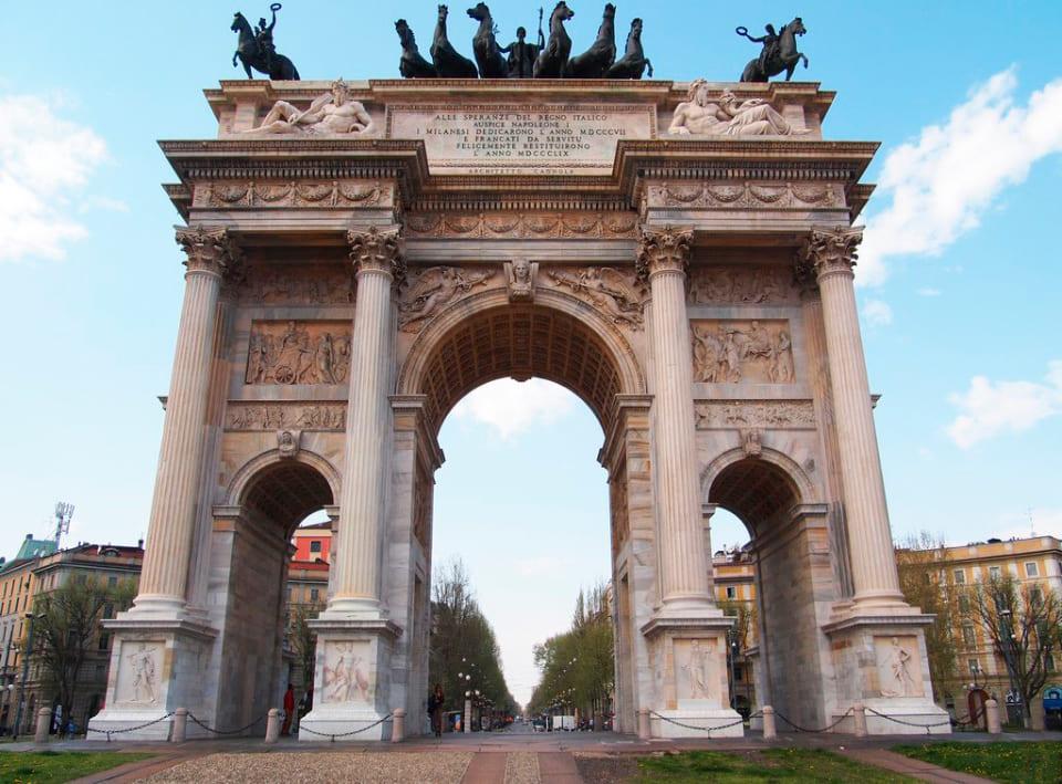Триумфальная арка Мира, Милан