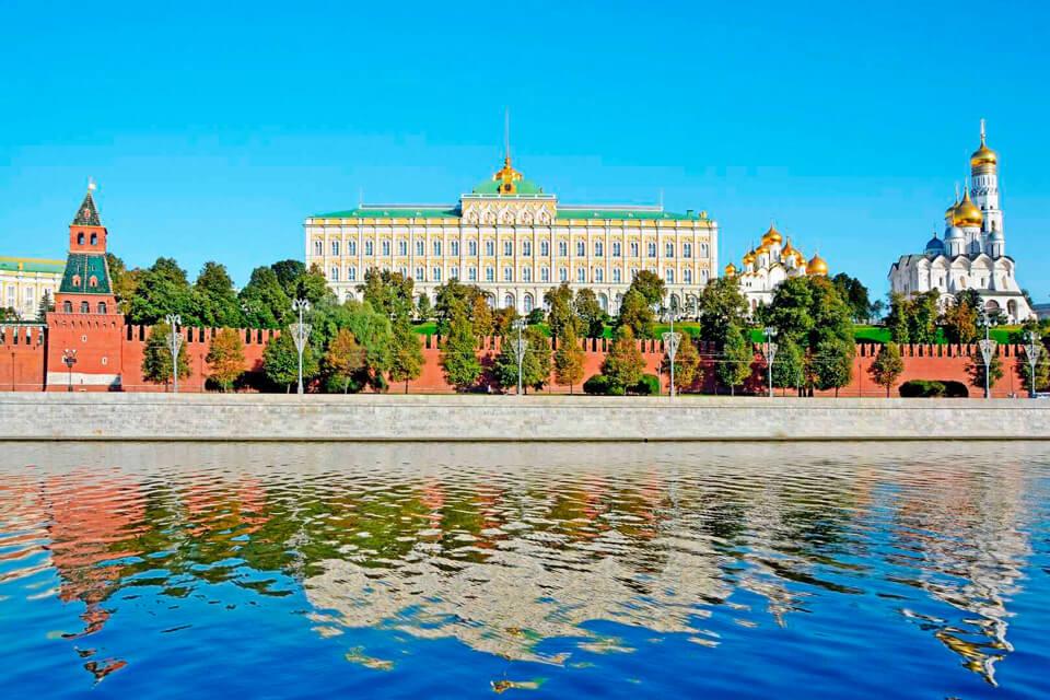 Большой Кремлевский дворец, Москва
