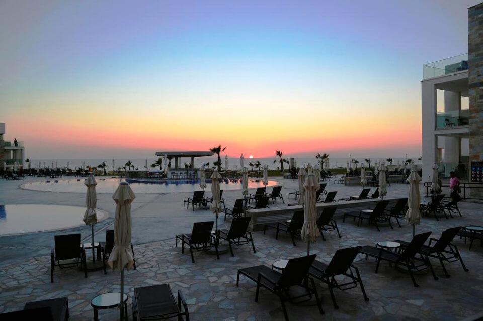 Amphora Hotel & Suites 4*, Пафос