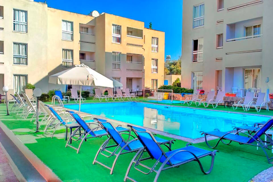 Daphne Hotel Apartments 3*, Пафос