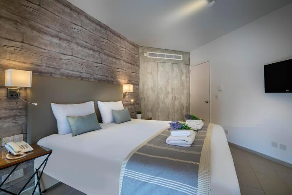 Leonardo Plaza Cypria Maris Beach Hotel & Spa 4*, Пафос