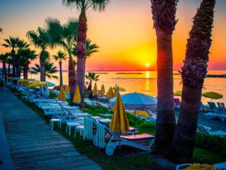 Отели Пафоса 4 звезды всё включено со своим пляжем