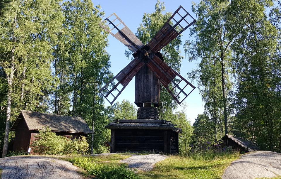 Сеурасаари, Финляндия