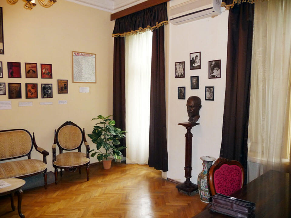 Дом-музей М. Джавахишвили, Тбилиси