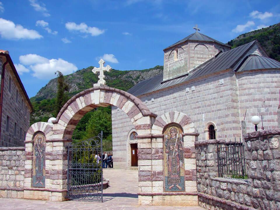 Монастырь Подмаине в Будве, Черногория