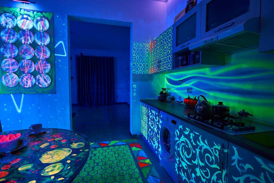 Музей неонового искусства Farhouse