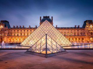 Как купить билеты и попасть без очереди в Лувр