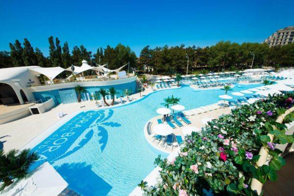 Отели Анапы с подогреваемым бассейном
