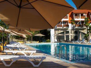 Отели Абхазии с бассейном