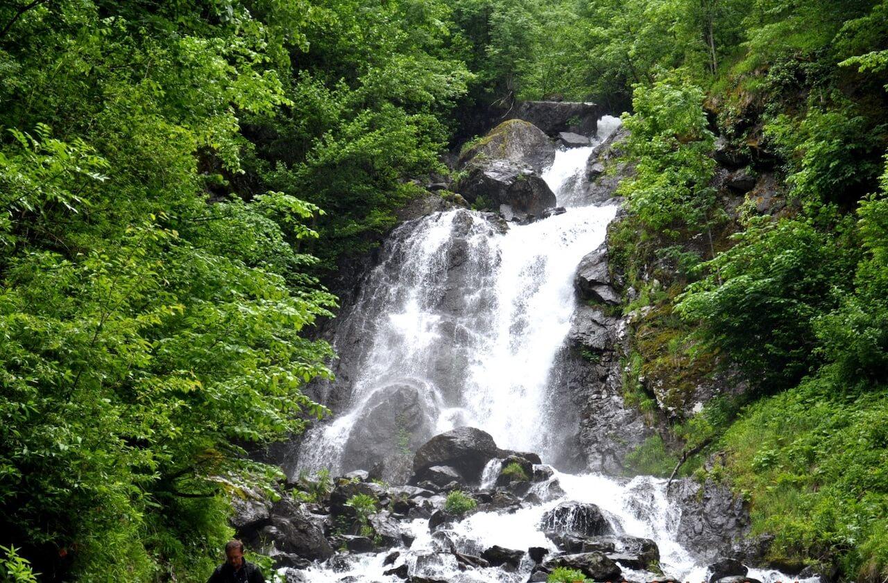 Молочный водопад, Абхазия